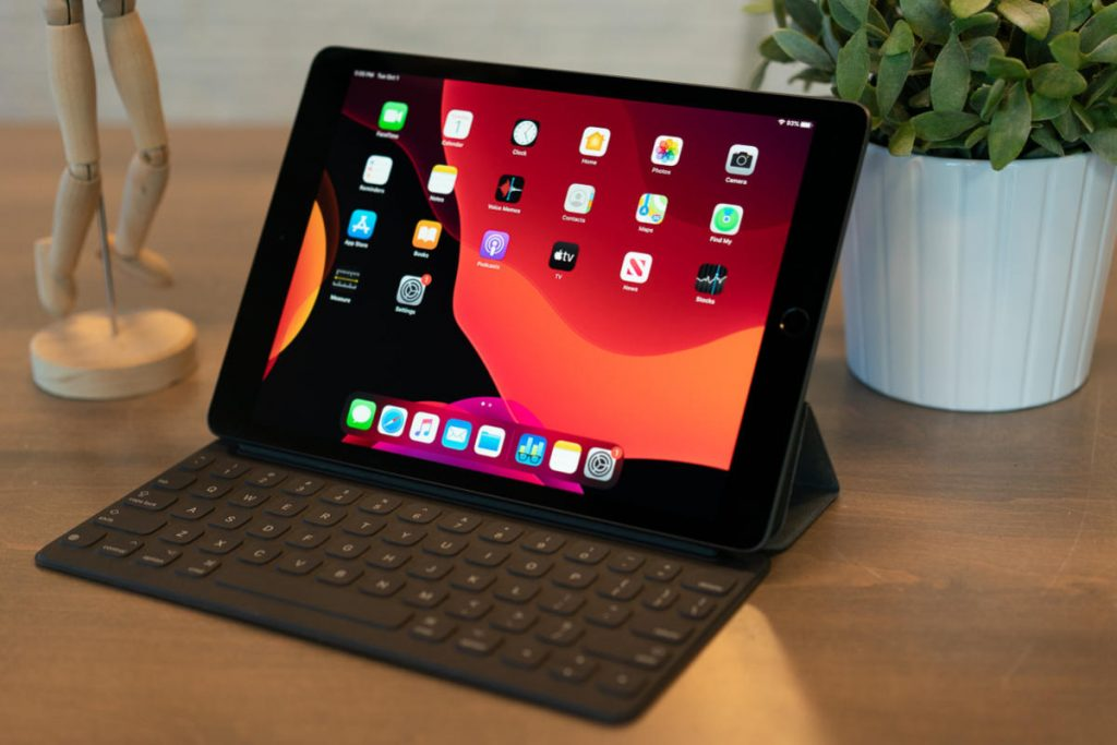 Apple iPad 10.2 price features and review in bd